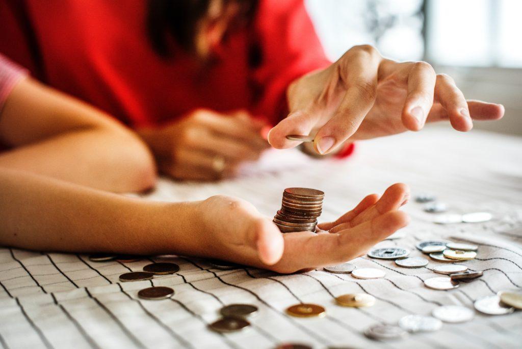 Kuinka tehdä ja hallita tapahtuman budjettia: Laske jokainen sentti.
